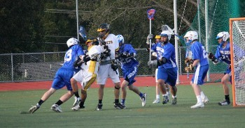 Battle in Front of the Net v Novato 1 3-36-13.jpg